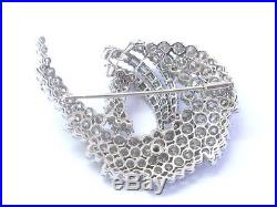 18Kt Round & Baguette Diamond Multi Shape White Gold Pin Brooch 14.22Ct