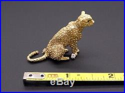 18k Yellow Gold. 14ct Round Diamond Emerald Panther Cheetah Puma Cat Brooch Pin