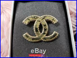 2013 CHANEL Gold CC Logo Lace / Resin Brooch Pin