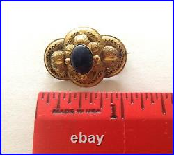 Antique 18K Yellow Gold Hand Chased Brooch Pin with Oval Cabochon Sapphire 3.6g