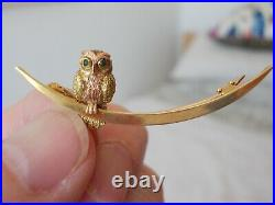 Antique 9ct Gold Owl Crescent Moon Emerald Eyes Brooch / Pin