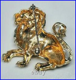 Antique Fine 18K Yellow Gold Lion With Emerald in Eye Pin Brooch Estate Quality