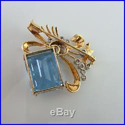 Art Deco circa 1940 Santa Maria Aquamarine Diamond Brooch Pin 18K Gold Wedding