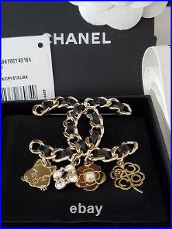 Auth. 17b Nwt Chanel XL Rare Pin Brooch Black Leather With Matte Gold And Charms