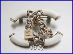 Auth CHANEL CC Logo Pin Brooch White/Goldtone Enamel/Metal e48917a
