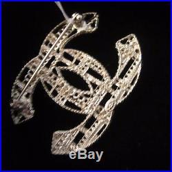 Auth. Nib Chanel Brooch Pin Beautiful Gold Mesh Chain Comes + Box