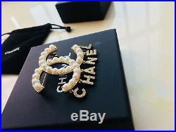 Authentic CHANEL CC Logos Brooch Pin Corsage Gold-Tone