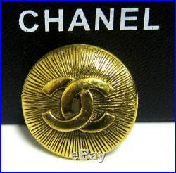 Authentic CHANEL CC Logos Brooch Pin Gold-Tone