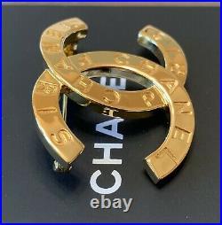 BNIB Authentic CHANEL Classic CC Logo Gold-Tone Metal Brooch Pin
