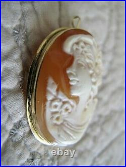 Beautiful VINTAGE 14k Gold Large Carved Shell Cameo Brooch Pin or Pendant