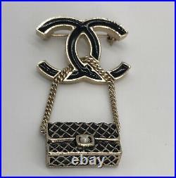 CHANEL CC Classic Flap Black Enamel Pearl Gold Brooch Pin Charm