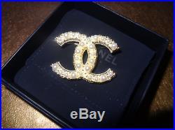 CHANEL CC Logo Brooch Pin