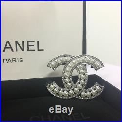 CHANEL CC Logo Sparkling Crystal Pearl 18k-white-gold Classic PIN BROOCH