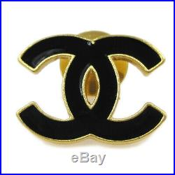 CHANEL CC Logos Brooch Pin Badge Type Gold-Tone Black Accessories 02A AK41751