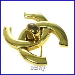 CHANEL CC Logos Turnlock Motif Brooch Pin Corsage Gold-Tone 96P Vintage AK35831