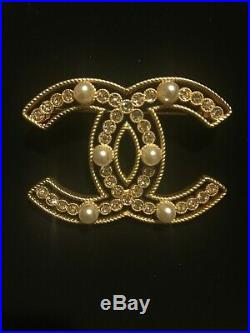 CHANEL Classic Large Crystal CC Logo Pearl Brooch Pin Yellow Bronze Box Pouch