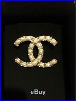CHANEL Classic Large Gold Metal Faux Pearl CC Logo Brooch Pin