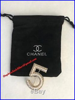 CHANEL VIP GIFT GOLD No 5 LOGO CRYSTALS with PEARLS CC #5 PIN BROOCH