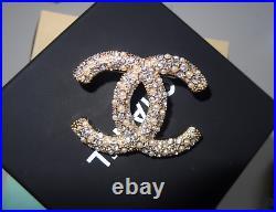 Chanel CC Classic Brooch Pin