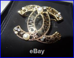 Chanel CC Classic Brooch Pin WithBOX