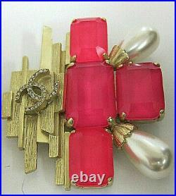 Chanel CC logo XL Pearl Crystals Gold Tone Pin/Brooch