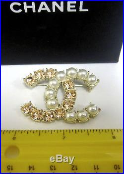 Chanel Gold Tone Large Classic CC Logo Pearl Crystal PIN Brooch