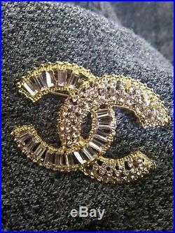 Chanel logo cc gold brooch pin baguette