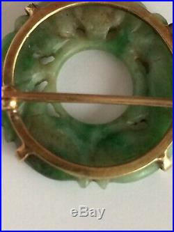Estate Solid 14k Yellow Gold Jade Ladies Brooch Pin Wreath Jade Circle Carved