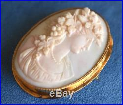 LG Antique Victorian 14Kt Gold CAMEO Necklace Brooch Pin Grape Leaves Grand Tour