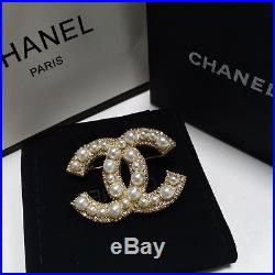 NIB Chanel White Pearl Brooch Anniversary Large Cc Pearls and Crystals Gold Pin