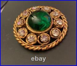 Original Vintage CHANEL green Gripoix gold plated Brooch with Crystals by Victoi
