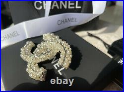 Rare CHANEL LARGE CLASSIC CC LOGO PEARL BROOCH PIN