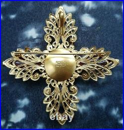 Vintage 94A CHANEL XL Massive Gripoix Glass Gold Tone Brooch Pin