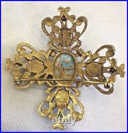 Vintage Florenza Maltese Cross Gold Tone Brooch Pin