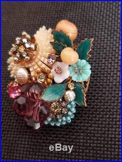 Vintage Miriam Haskell Rhinestone Flower Brooch/Pin Signed Gold Tone