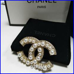 WithBox Chanel Large Cc Pearl Brooch Anniversary Pearls and Crystals Gold Pin